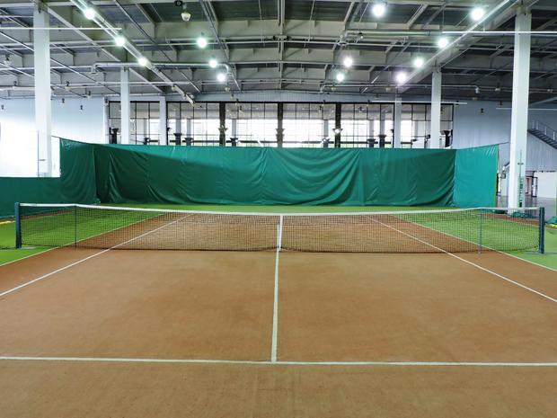 Теннисные корты в Козак-Палац