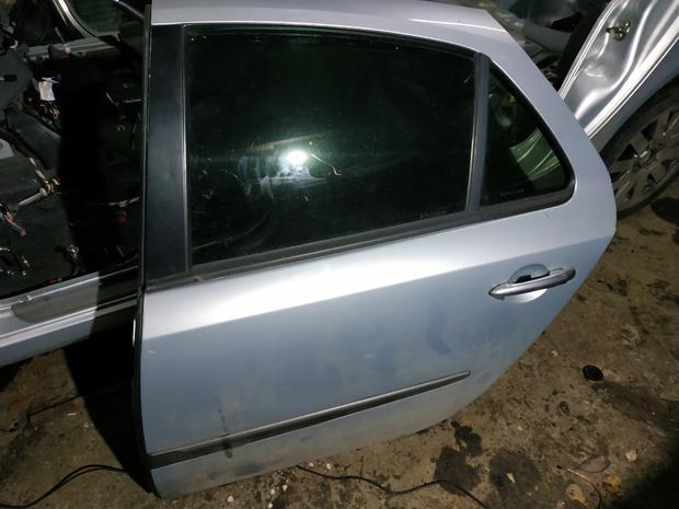 Дверь передняя , задняя Renault Laguna 2 — фотография 1