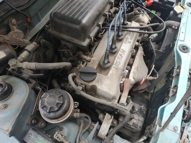 Двигатель Nissan Micra k11 1.0 — фотография 1