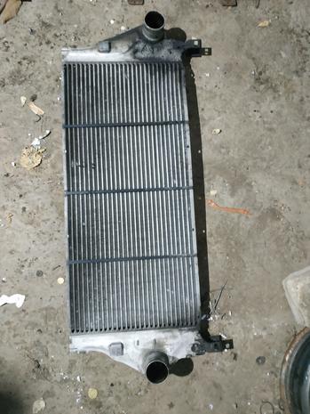 Радиатор , радиатор кондиционера , интеркуллер Renault Laguna 2 — фотография 1