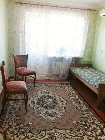 Сдам 2х комн квартиру Бердянск