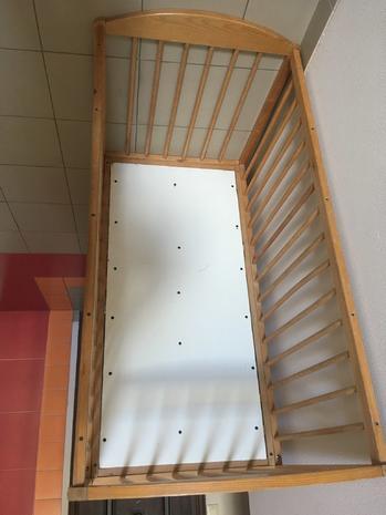 Кровать детская деревянная (манеж) 60*120
